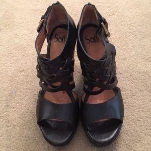 Sofft black heels